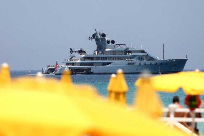Noleggiare yacht pershing a santa eulàlia ibiza nautal