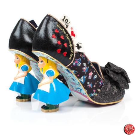 (KIKA) - LONDRA - Stanchi delle solite decolleté di pelle nera  Se quello  che cercate per i vostri piedi sono calzature colorate 319c419bd3a