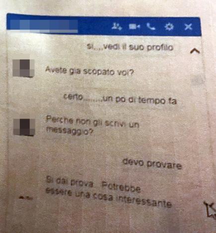 Festini Gay Con I Preti I Messaggi Piccanti In Chat Tiscali Notizie