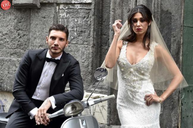 negozio online a5d1e 0f14d Belen Rodriguez in abito da sposa: già pronta alle nozze ...