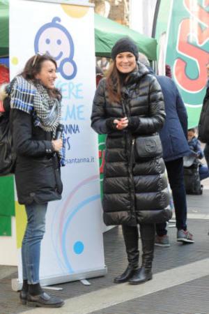 new style 2a160 43282 Alta moda in alta quota: le vip sono regine delle nevi ...