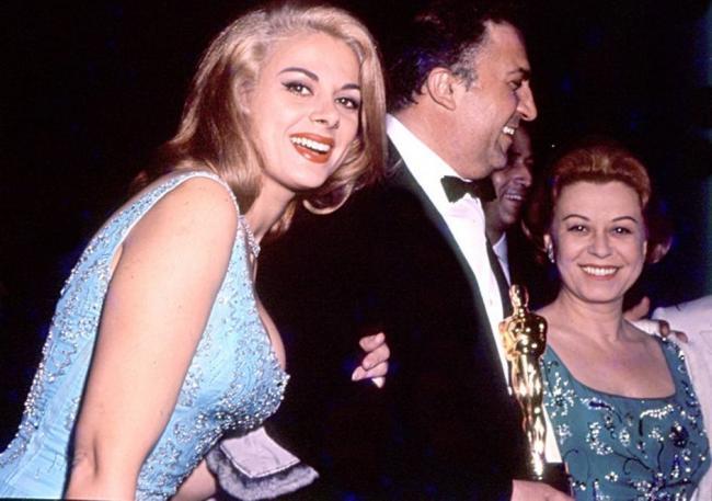 Gli amori per Craxi e Fellini, la fama e le difficoltà della Milo - Tiscali  Spettacoli